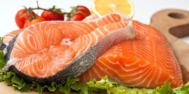Cá hồi có tác dụng kích thích nang lông phát triển