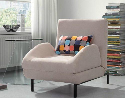 Ghế bành nhỏ khiến nhà đẹp hơn mà vẫn rộng rãi