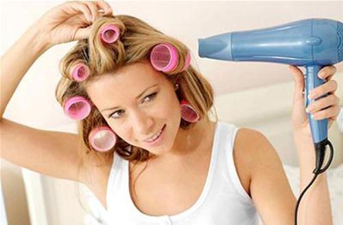 Lựa chọn và sử dụng máy sấy tóc một cách an toàn