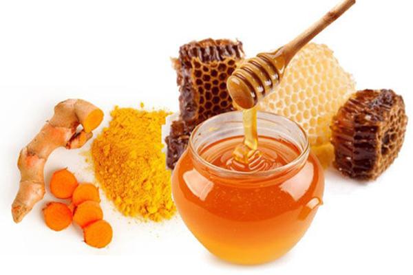 Kết hợp giữa mật ong với nghệ có tác dụng gì trong việc làm đẹp