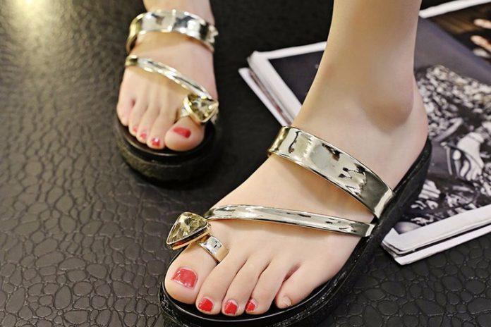 Sandal chuẩn đẹp, phù hợp với dáng bàn chân