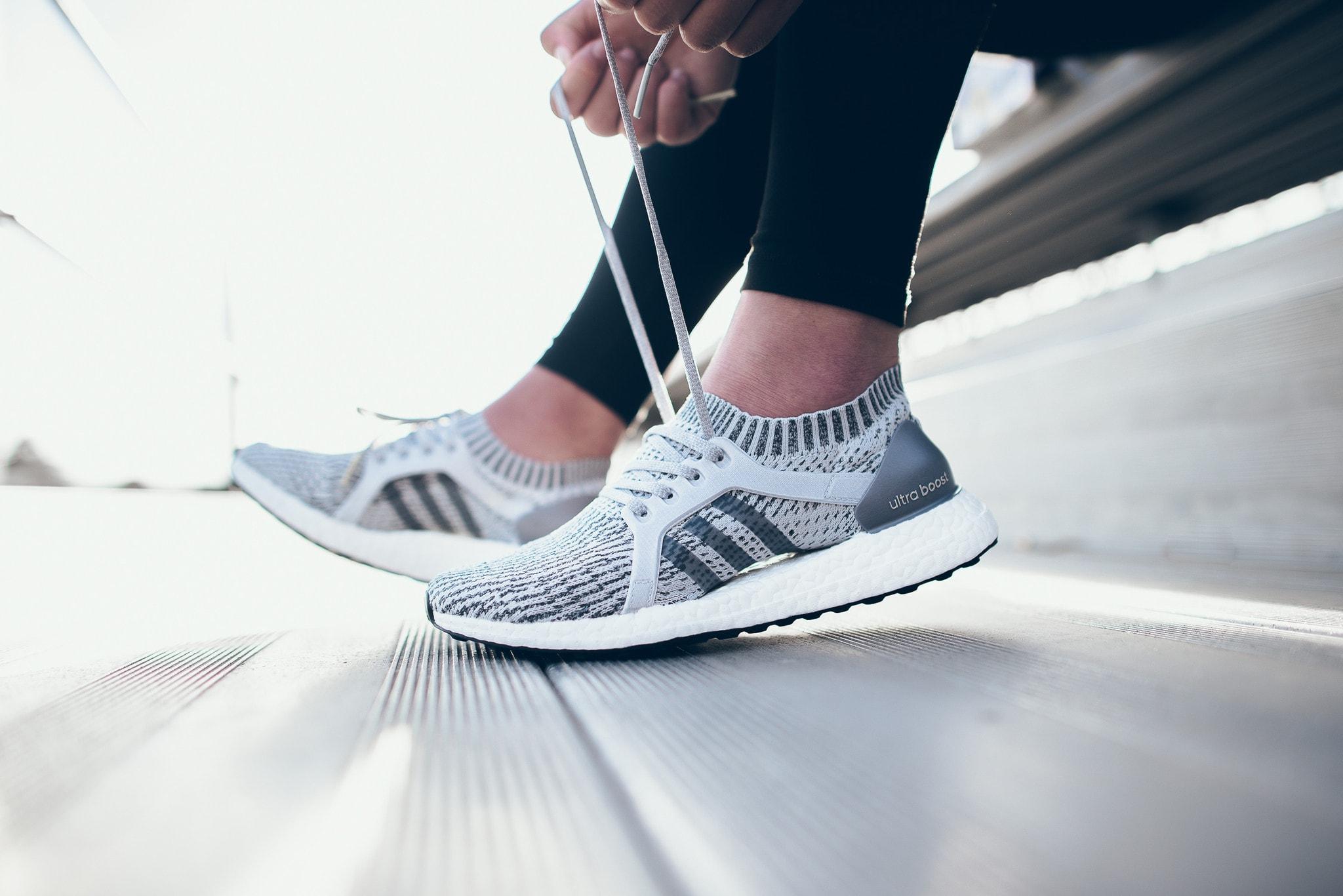 Mua giày sau khi bạn đã tập luyện hoặc đi lại nhiều