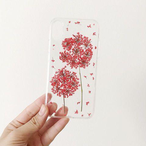 Cách làm ốp điện thoại hoa khô dễ dàng