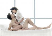 Mách bạn tư thế quan hệ nữ ở trên cho nam sướng