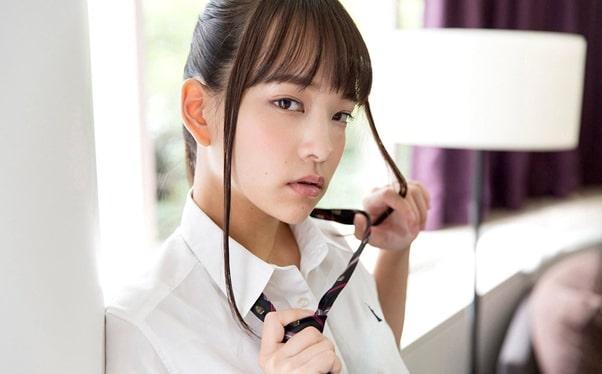 Abe Mikako – nữ diễn viên JAV nóng bỏng